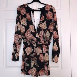 Flower Patterned Romper NWOT